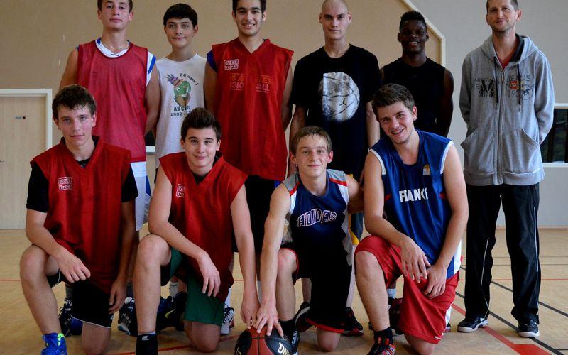 L'équipe de basket Cadets du Séminaire de Jeunes