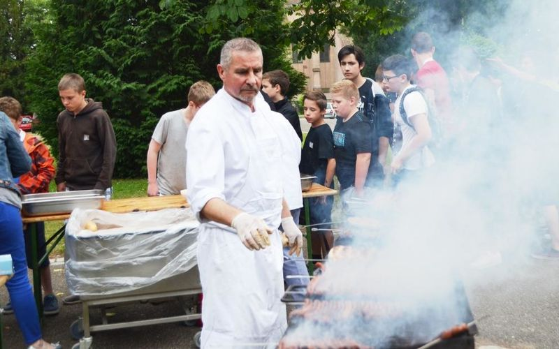 Le traditionnel barbecue de fin d'année...