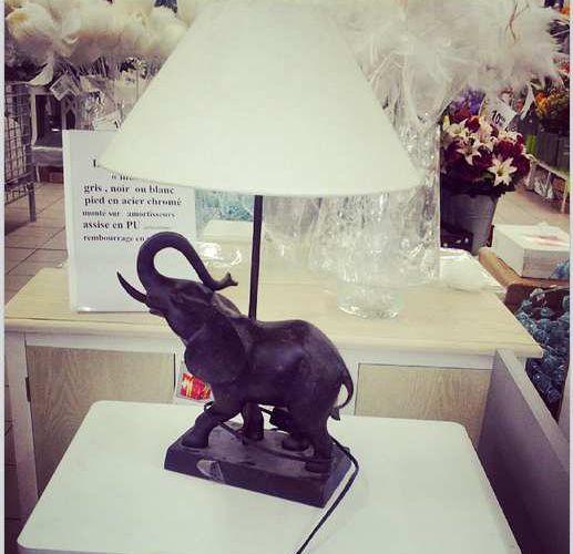 Lampe elephant chez l'Incroyable