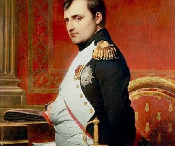Napoléon, droitier ou gaucher?