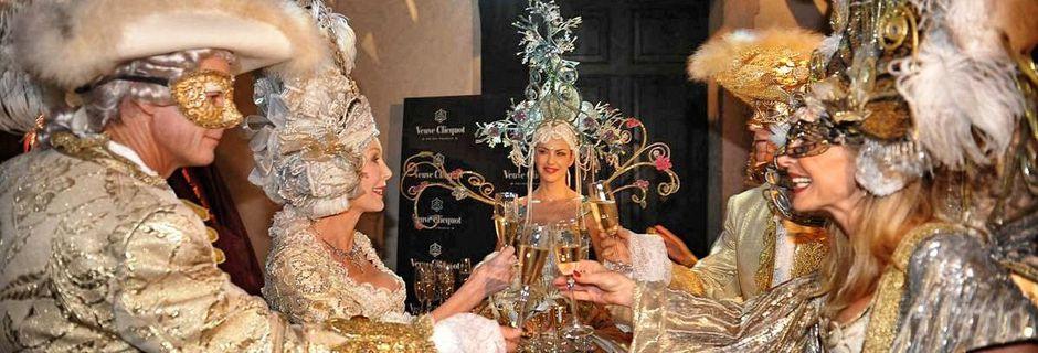 Carnevale di Venezia, le feste in maschera più glamour