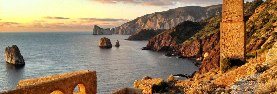 Sardegna, viaggio nel Sulcis tra mare e antiche miniere