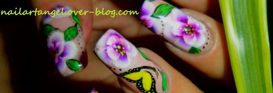 Nail art fleurs one stroke, nail art printemps, inspiration printemps japonais, nail art cerisiers en fleurs