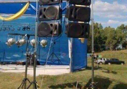 humour :Line array systems in Juliaca (Perù) are something else!