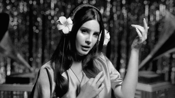 "Lana Del Rey dévoile la vidéo de ""Music To Watch Boys To"""