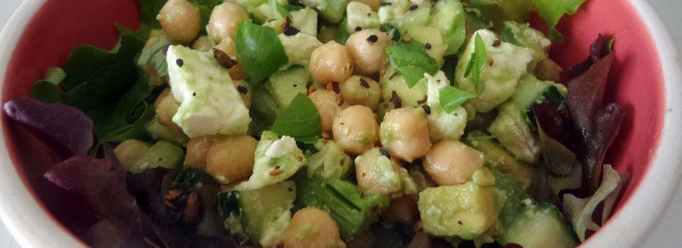 Recette : Salade d'avocat et pois chiches à la feta