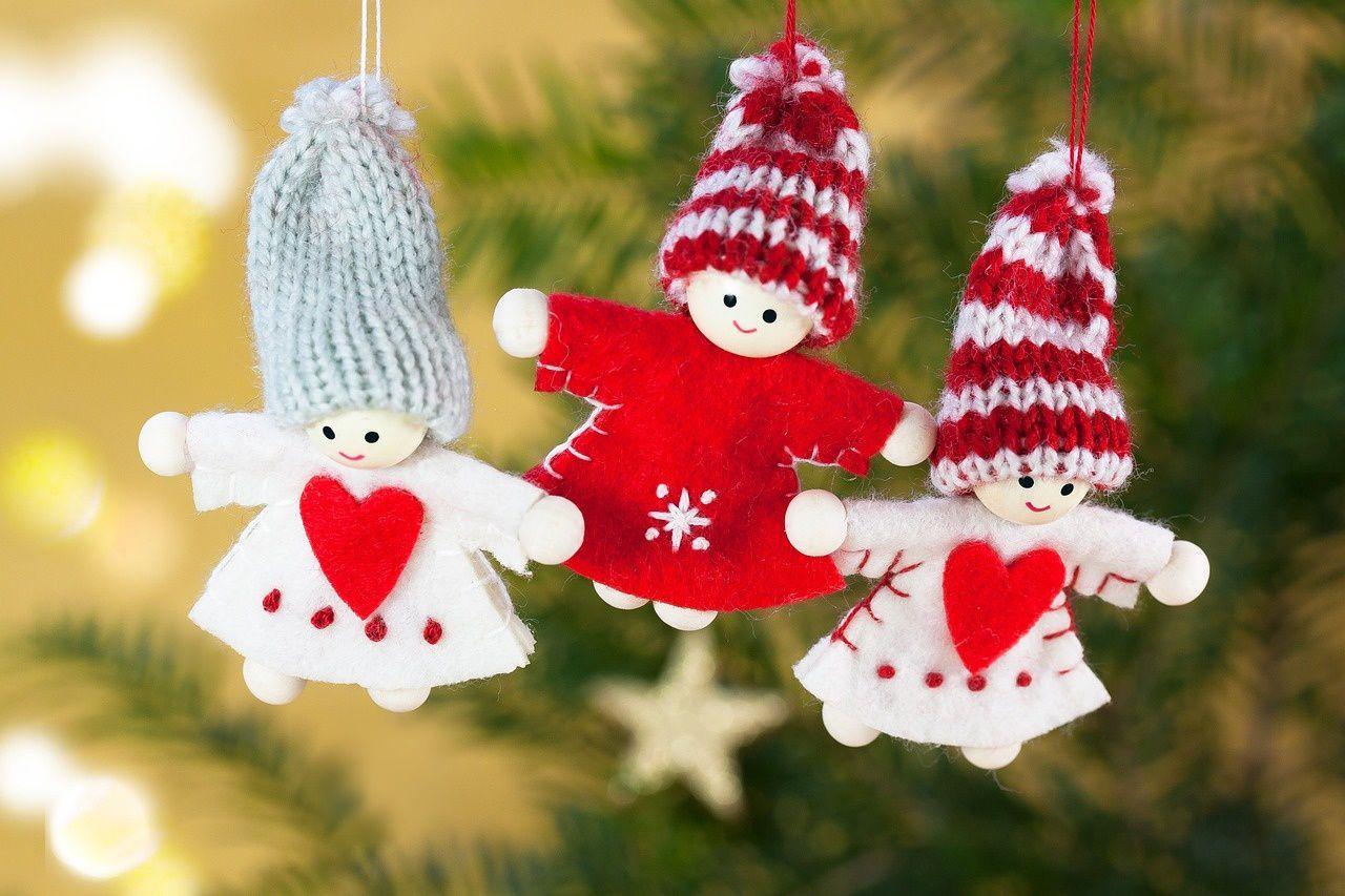 Natale con i bambini le decorazioni per l'albero da fare insieme: angeli e stelle