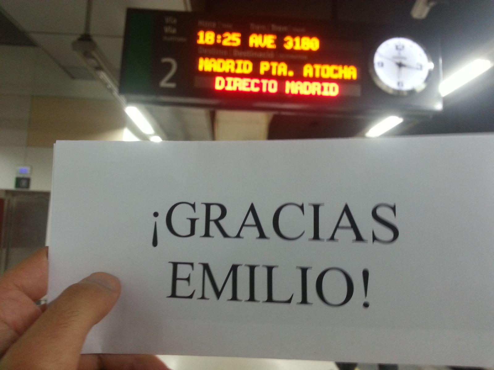 Me dan las gracias desde la estación de trenes de Sants por el regalo del billete