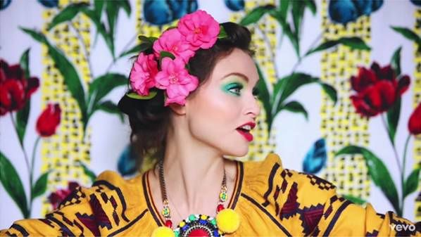 Nouveau Son: Sophie Ellis-Bextor Come With Us