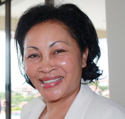 Lala Ravalomanana, épouse de Marc Ravalomanana, ancien président de la République de Madagascar, déchu en mars 2009. Femme sans expérience politique notoire, elle a été désignée comme candidate à la présidentielle pour représenter la mouvance de son mari.