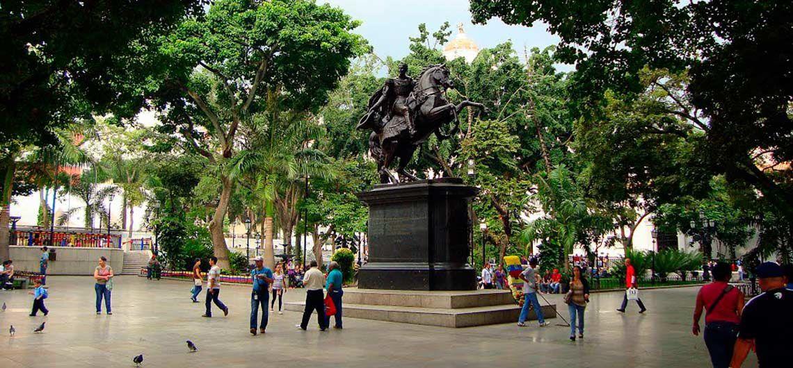 Place Bolivar à Caracas, Venezuela