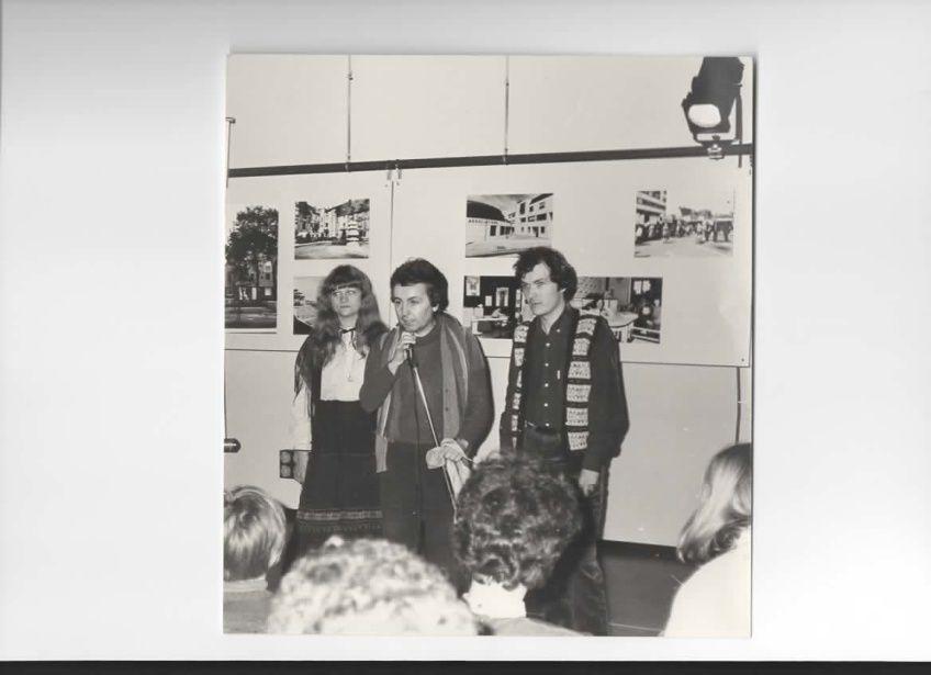 1 : L'affiche de Sylvie et Joël Jupin ;2 : Patricia Martineau, Christian Gorelli, Bernard Gueit en 1983 au Palais des Congrès et de la Culture, Le Mans;Bernard Gueit avec Raymond Boni, dans l'ombre au centre Paul Courboulay, au Mans,Bernard Gueit et Philippe Duchemin, au piano.