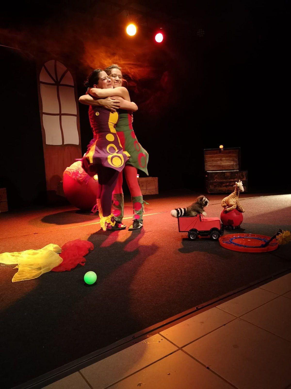 Les jouets font leur cirque, suite!