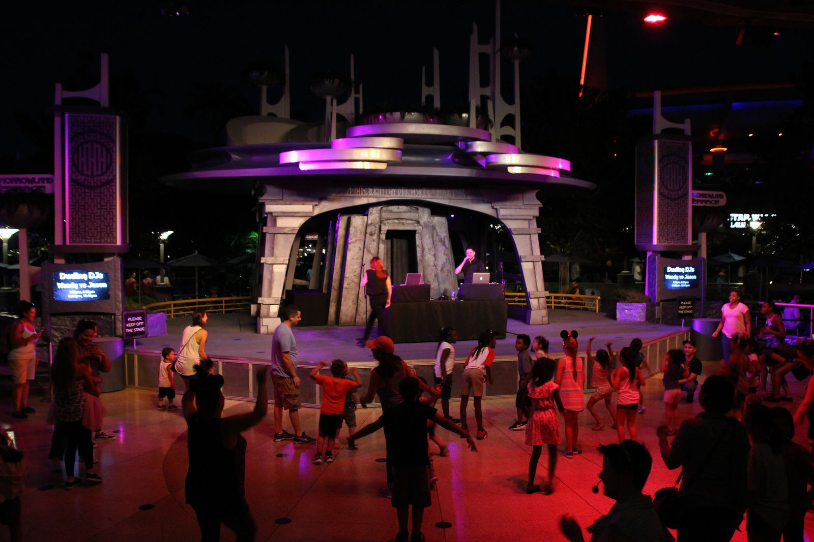 Tomorrowland, Disneyland Park (Californie)