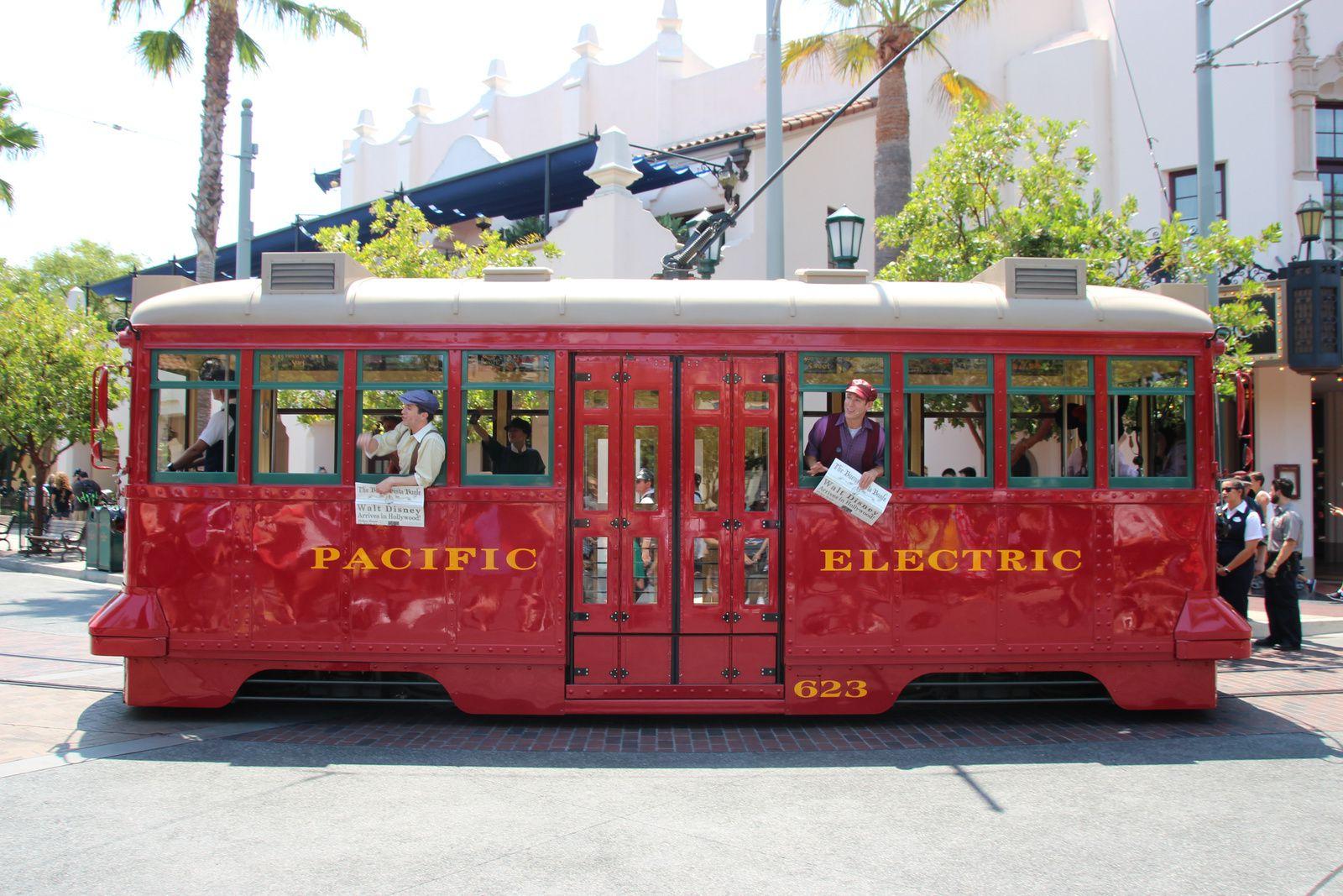 Buena Vista Street, Disney California Adventure
