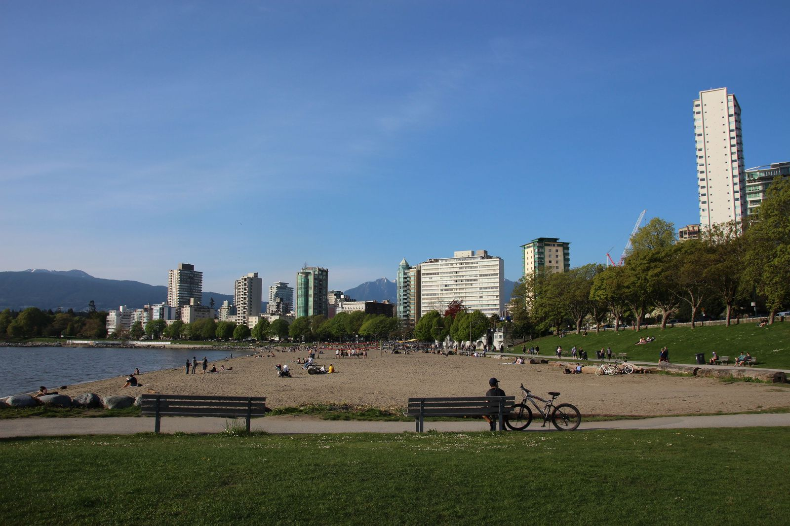 English Bay, Inukshuk et Cactus Club Cafe, Vancouver