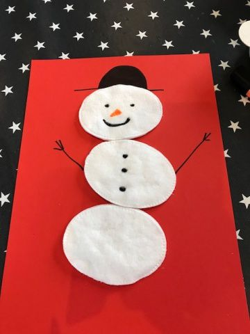 Des bonhommes de neige en coton