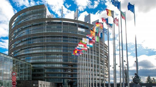 RETROUVEZ L'ORDRE DU JOUR DU PARLEMENT EUROPEEN DU 10 AU 13 DECEMBRE