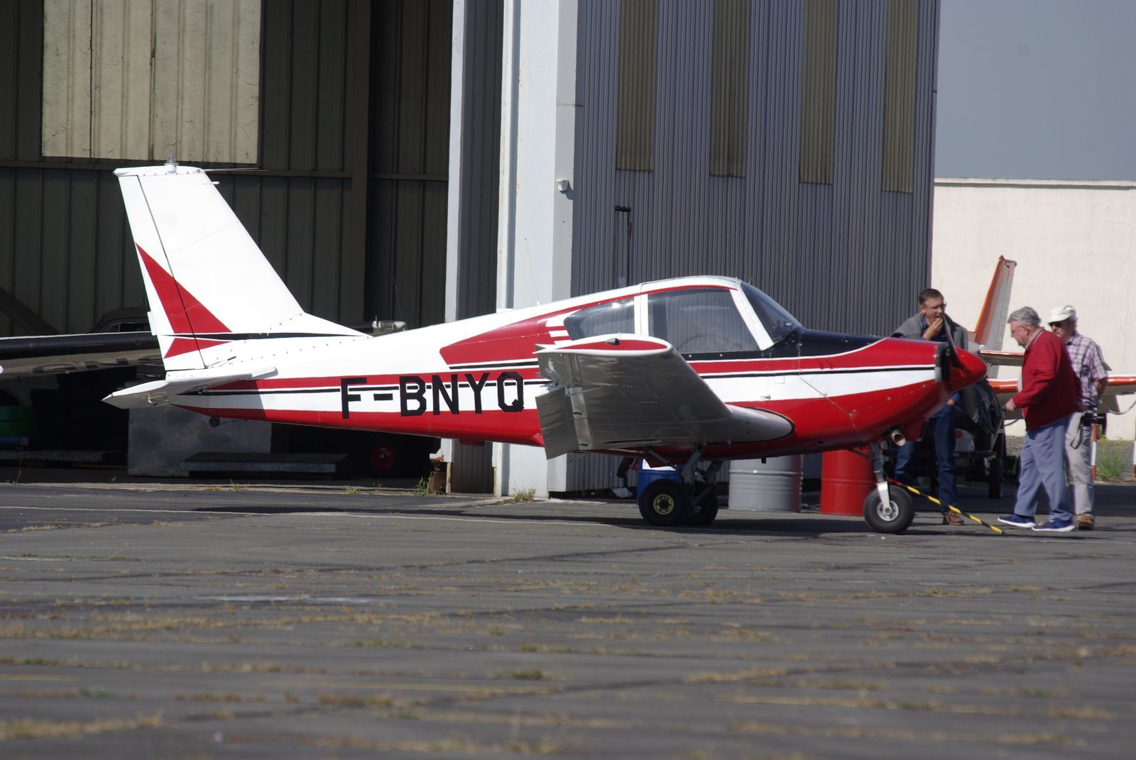 Le Gardan GY-80 Horizon N°191 F-BNYQ est basé localement.