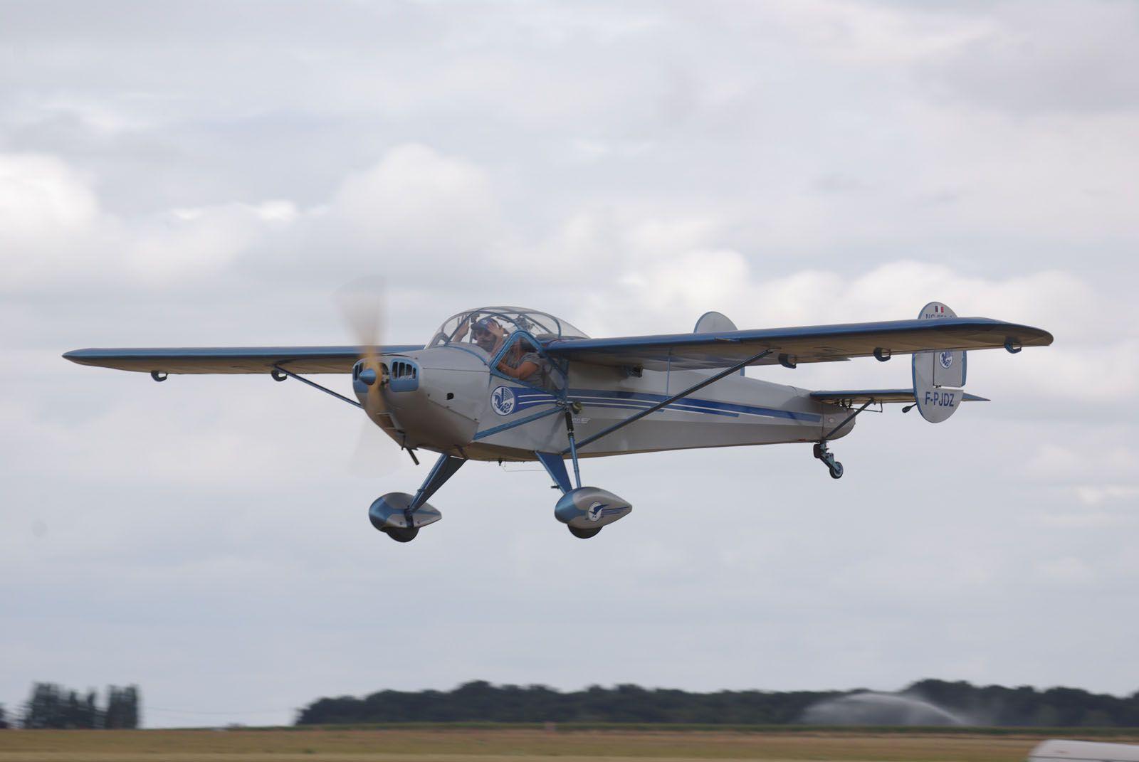 Le SNCAC NC-858S N°64 F-PJDZ de 1950.