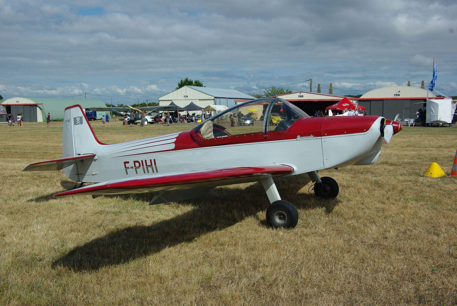 De la même ligné, le Piel CP-301 N°34 F-PIHI construit en 1957.