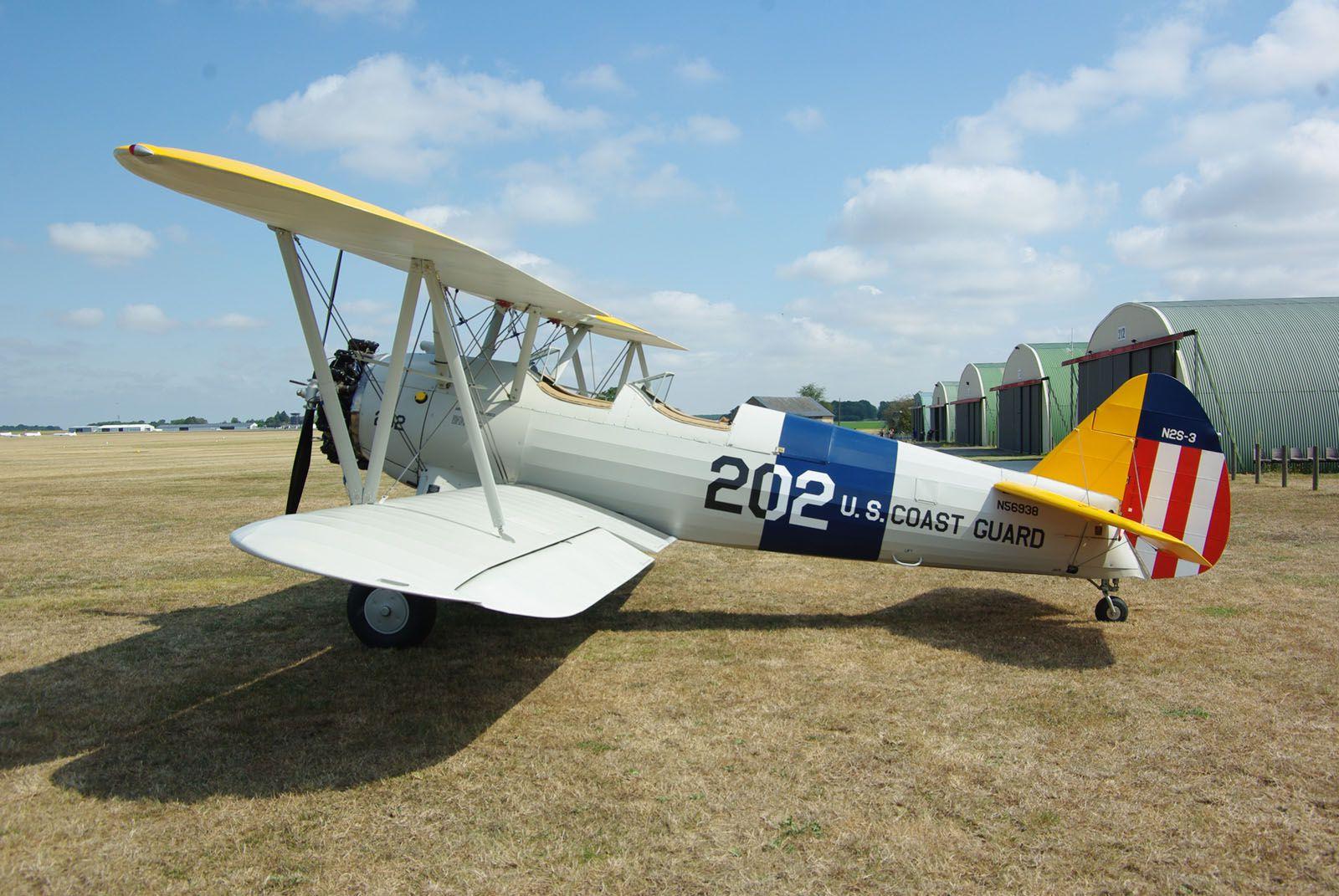 """Retournons de l'autre côté de l'Atlantique avec le Boeing Stearman N56938 des """"Dezing'Eure et Loire"""", dont nous avons suivi la restauration durant deux ans et demi à Chartes."""