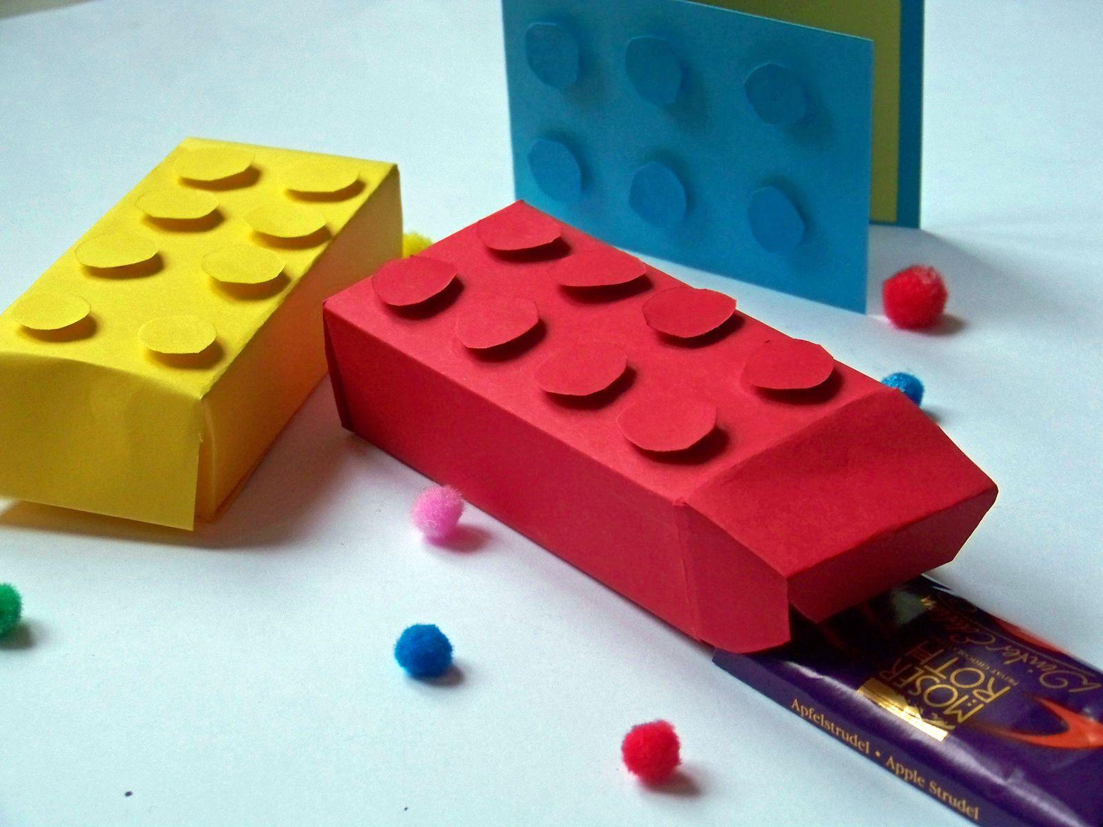 Fabriquer des boîtes ainsi qu'une carte Légo .