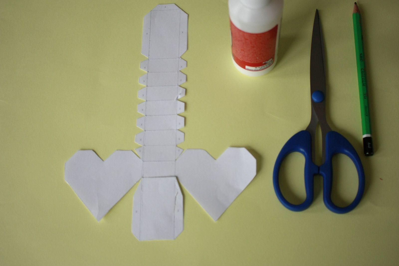 Fabriquer des boîtes en forme de coeur !!