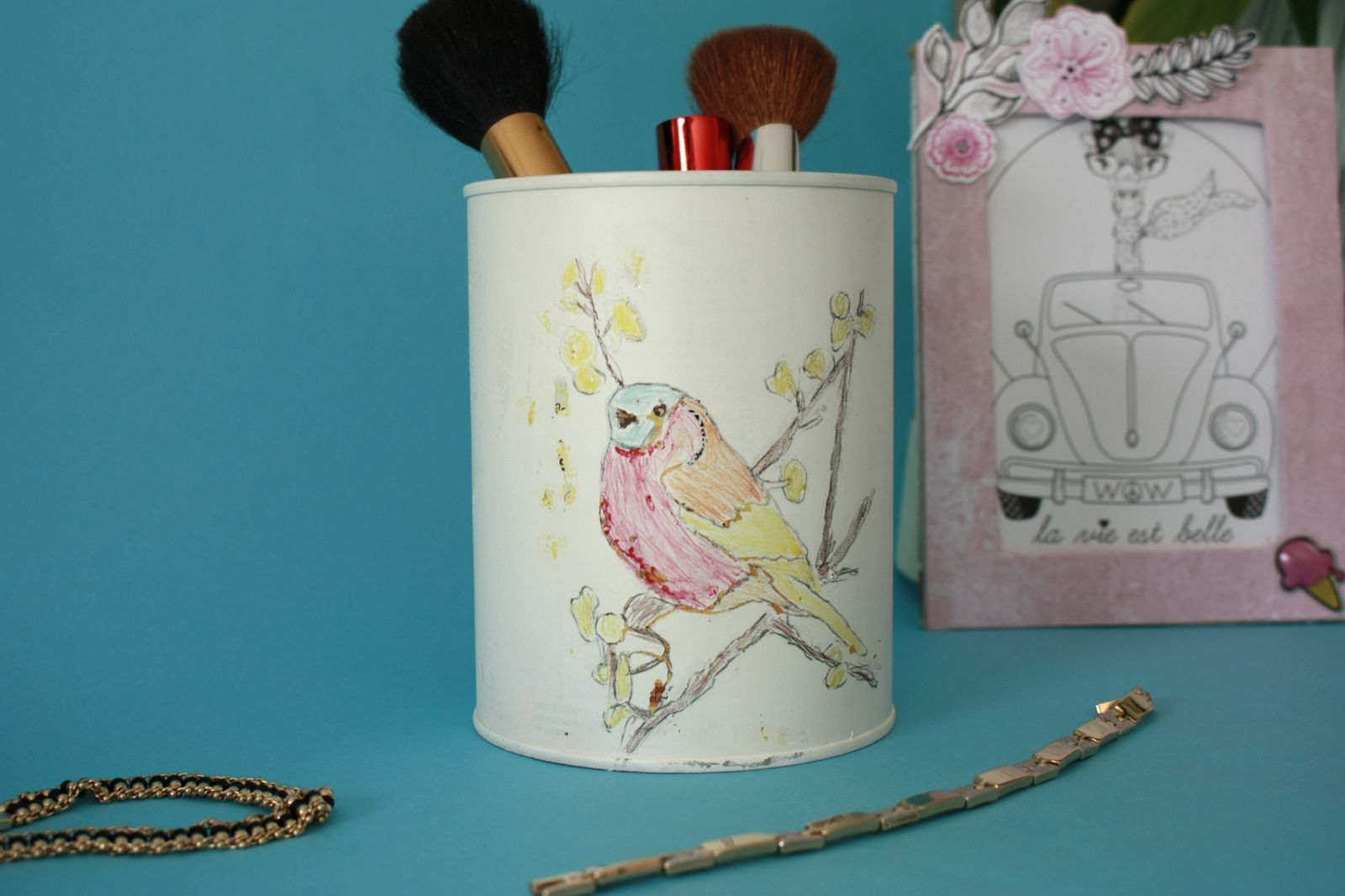 """Un pot """"aquarelle"""" :un DIY récup pour la fête des mères"""