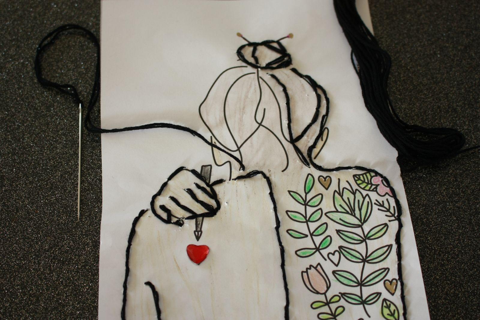DIY St Valentin broderie ,tattoo  pour un sac  cadeau personnalisé !