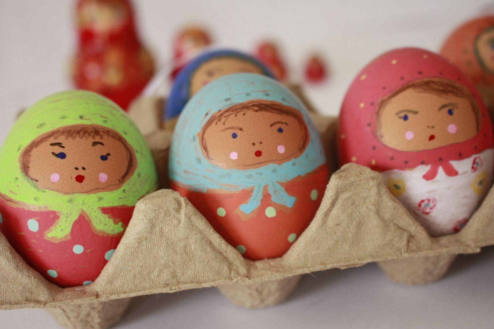 """Pâques inspiration slave avec ces oeufs """"matriochkas"""" !"""