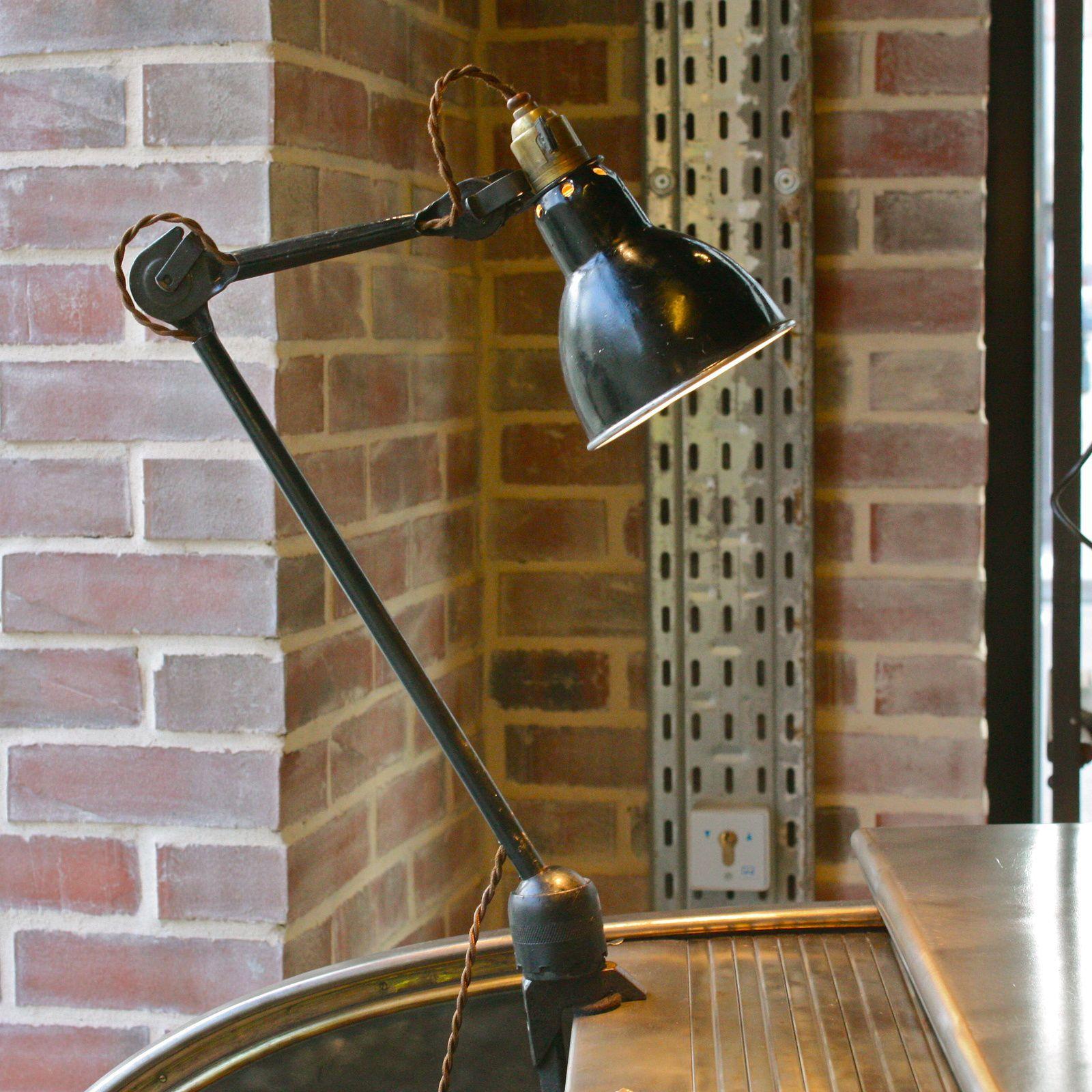 Lampe Gras modèle 204