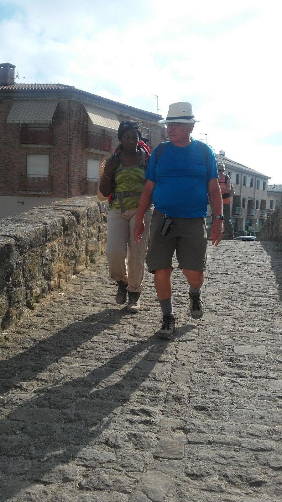 Dans Villatuerta une fois passé le pont sur le rio Iranzu, nous nous arrêtons dans l'église de l'Ascuncion.