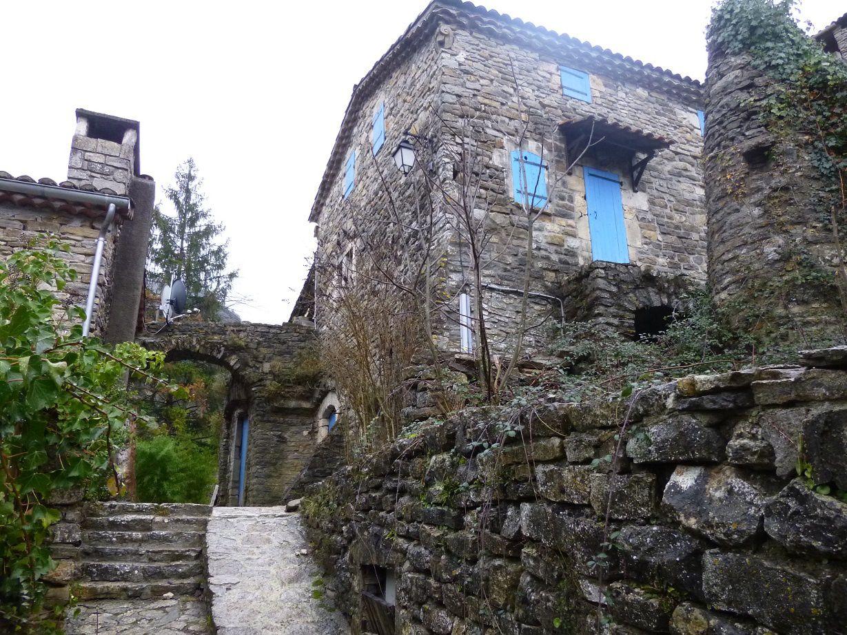Le village de Sauveplantade.