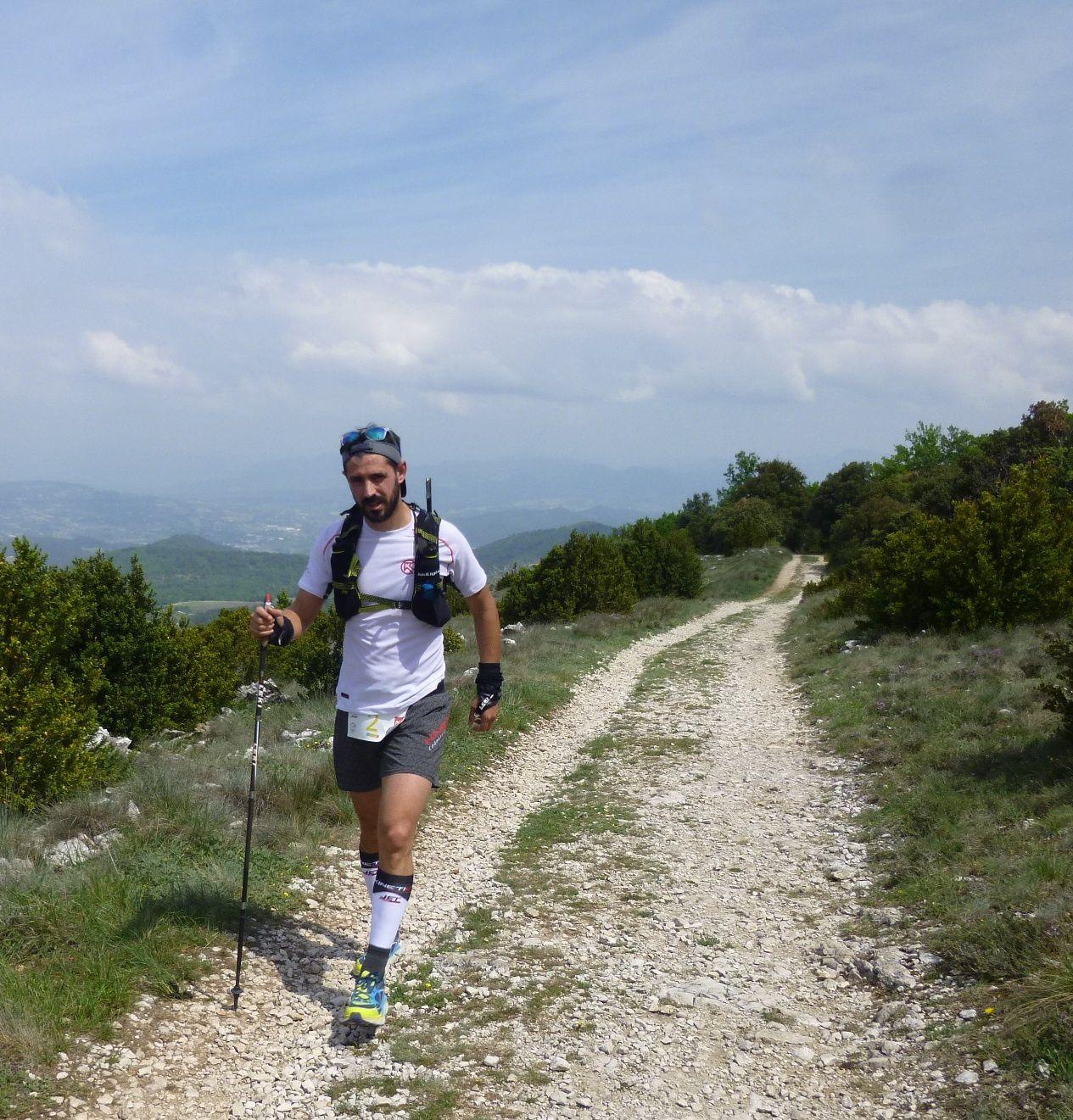 Céline FINAS, 4ème et 1ère femme sur le 48km en 5h52'40.