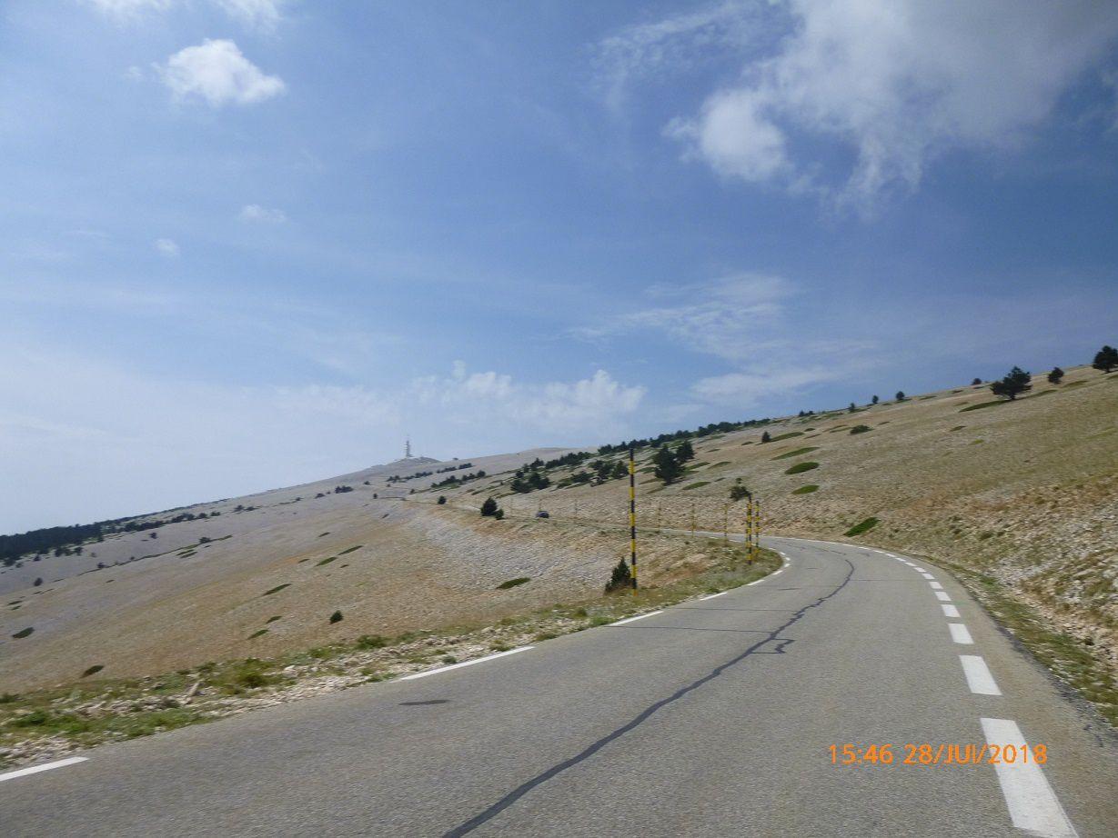 Il n'y a pas un seul cycliste durant cette montée dans l'après-midi.