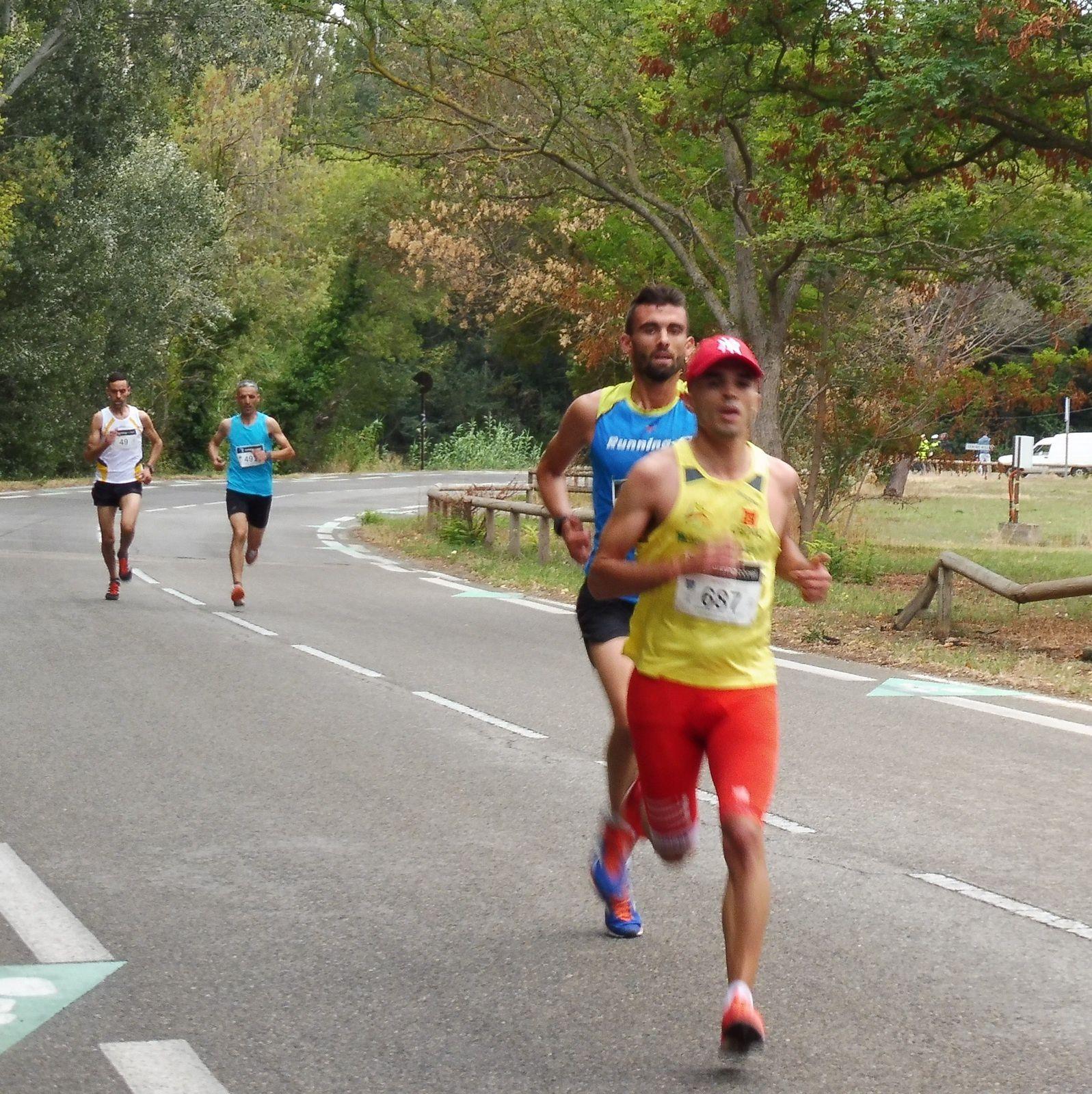 Les premiers après 2 km.