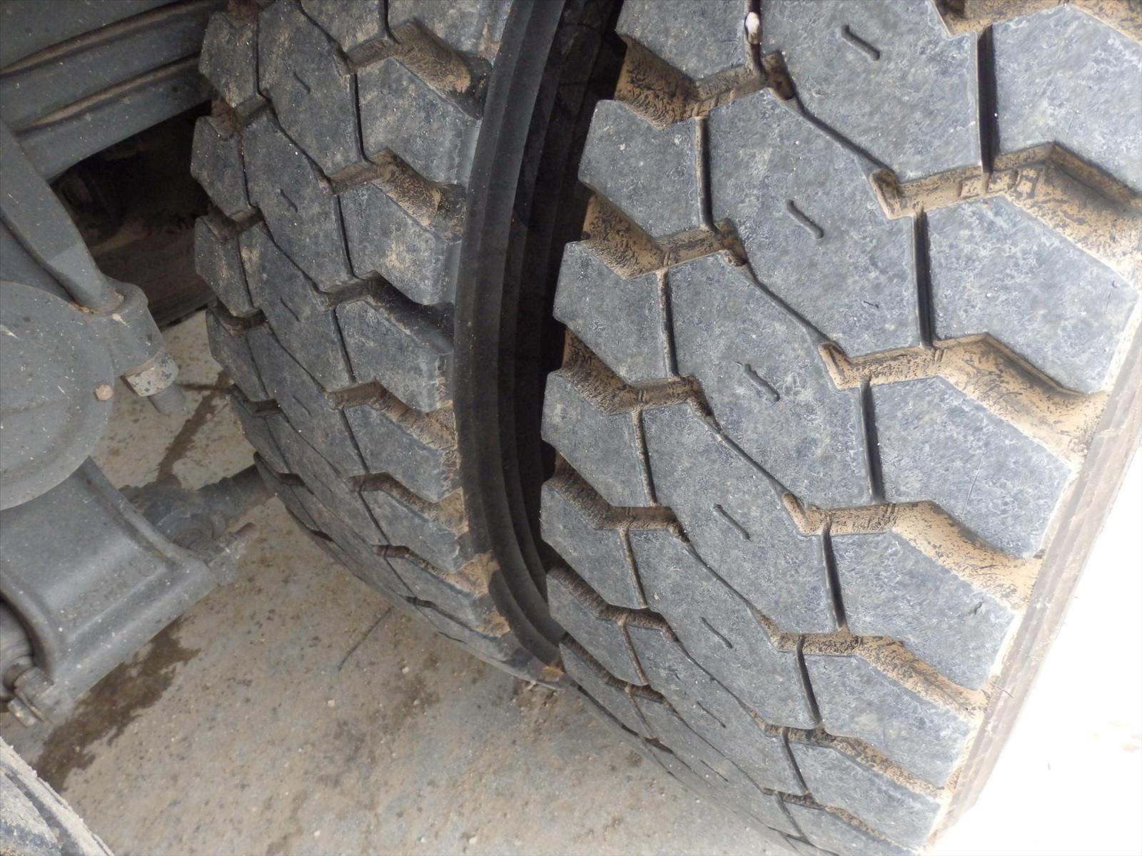 Camion MERCEDES ACTROS 8x4 32.41 Tel: 0608066192 TRANSCOMM13