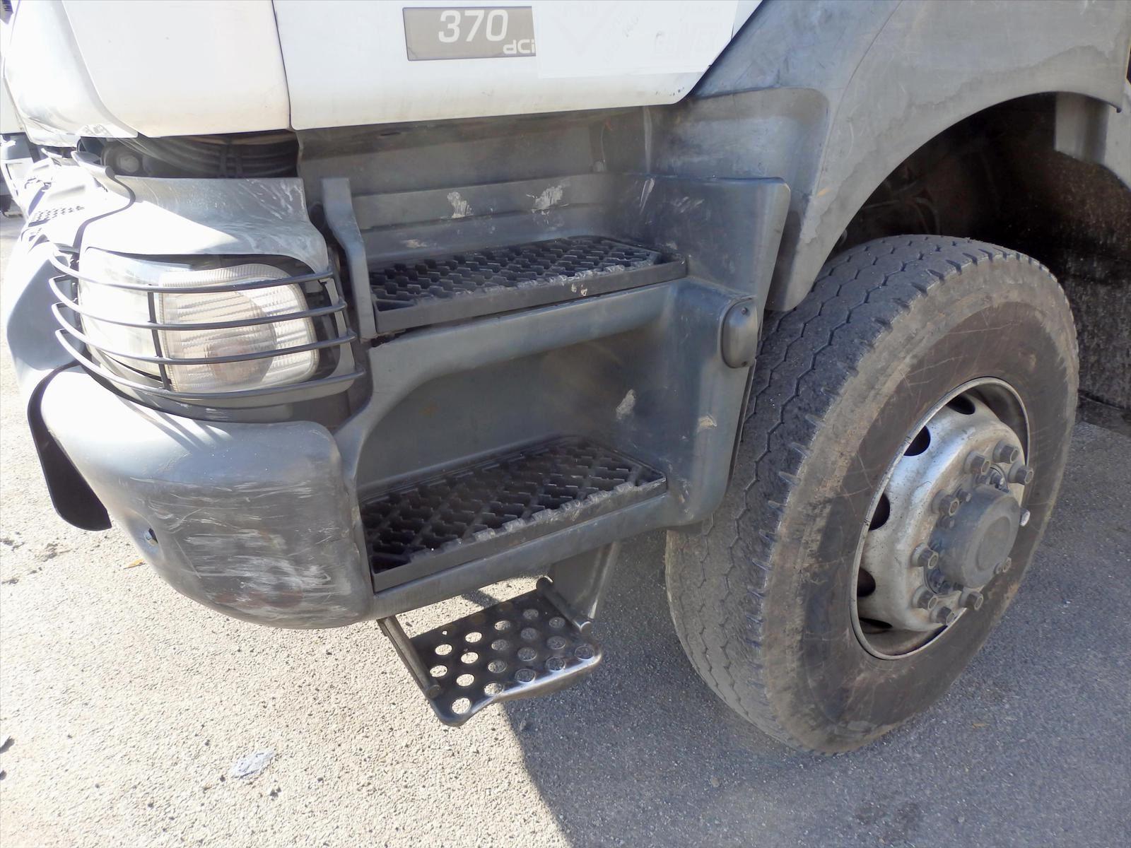 Camion Renault Kerax 370.19 4x4 Plateau Grue Tel: 0608066192 Trans.comm.13