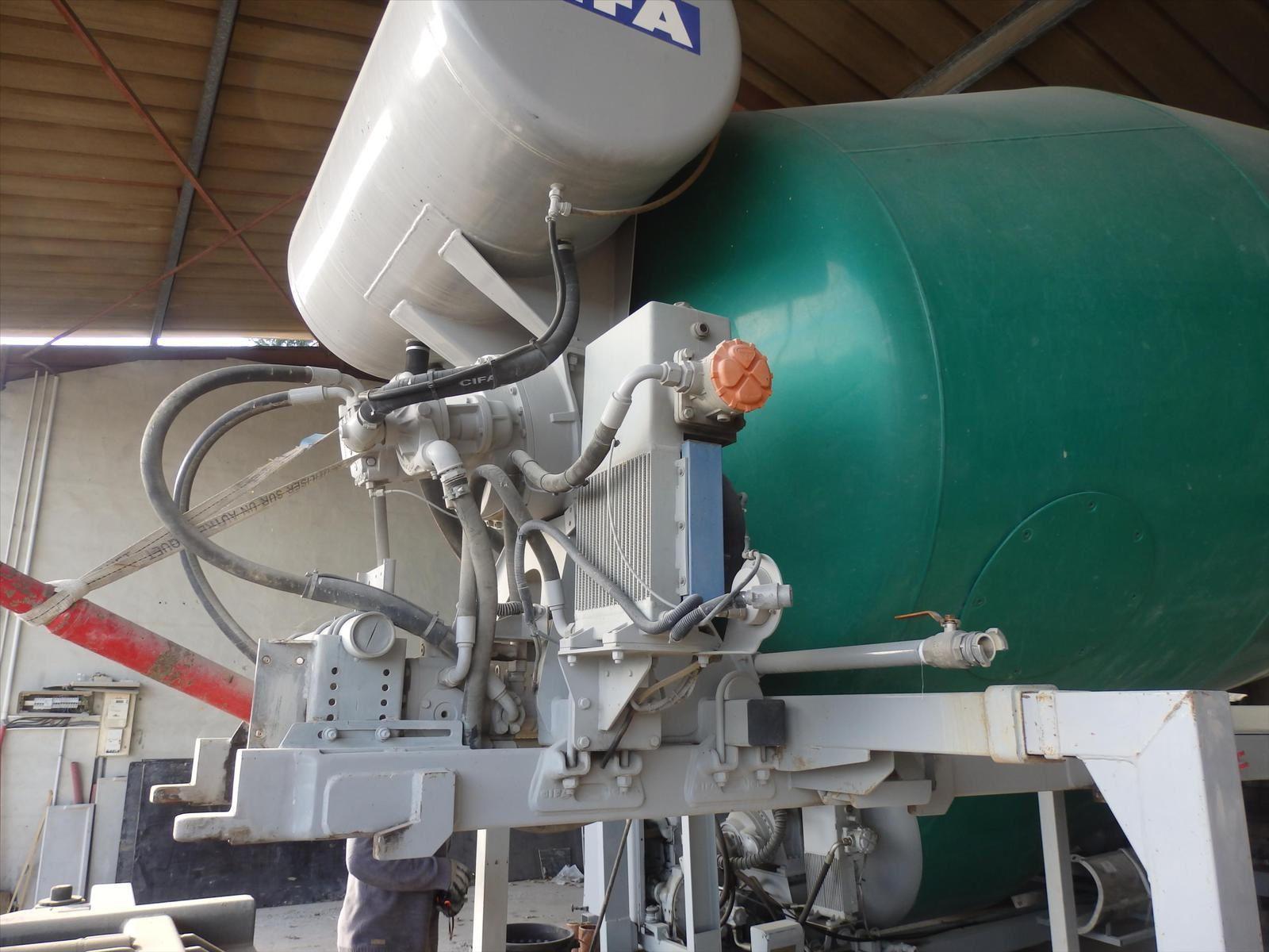 Malaxeur CIFA Remorque Agricolle 0608066192 Trans.Comm.13 Pierre BASSAT