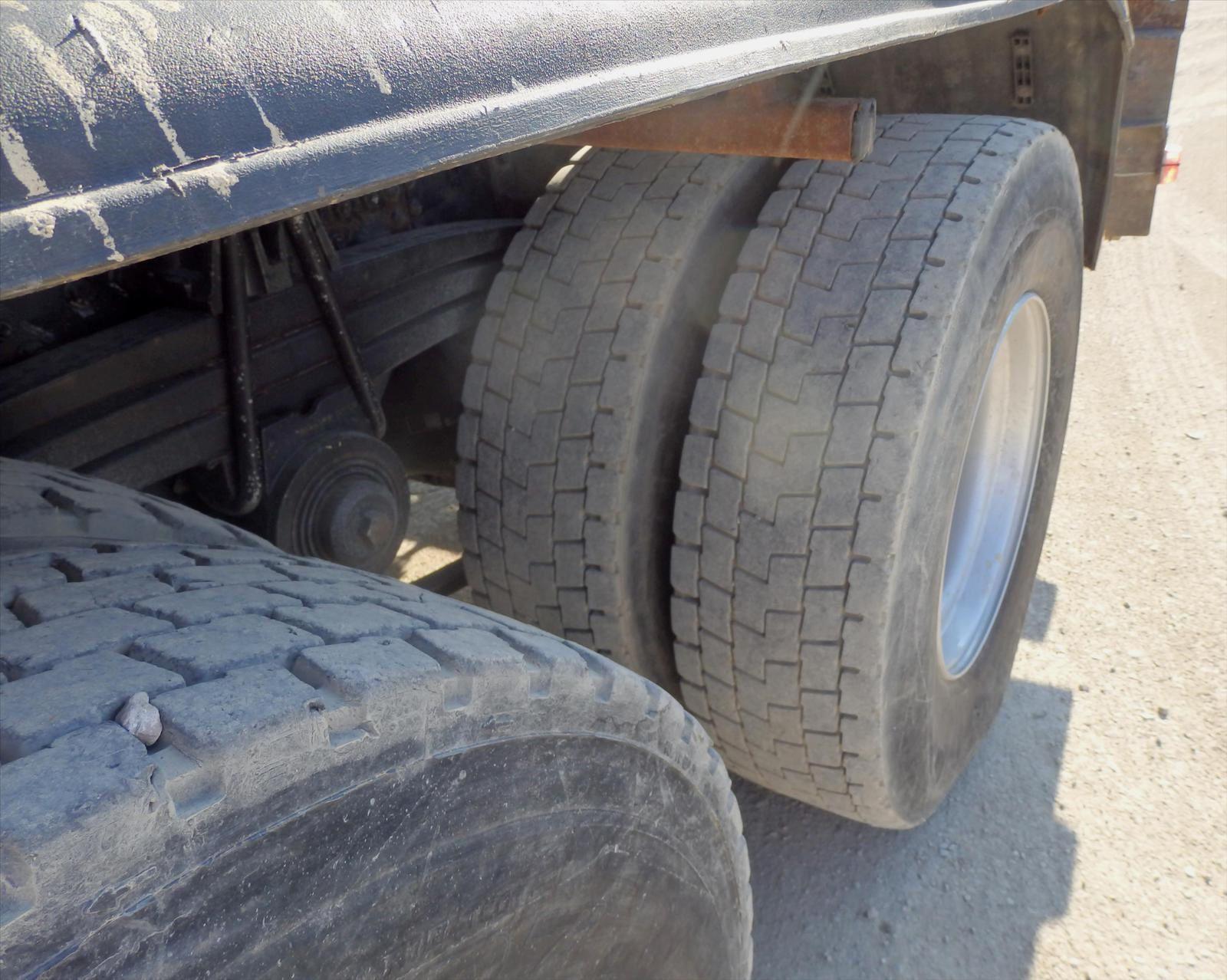 Camion KERAX 6x4 Ampliroll Grue Tel: 0608066192 Pierre BASSAT TRANSCOMM13