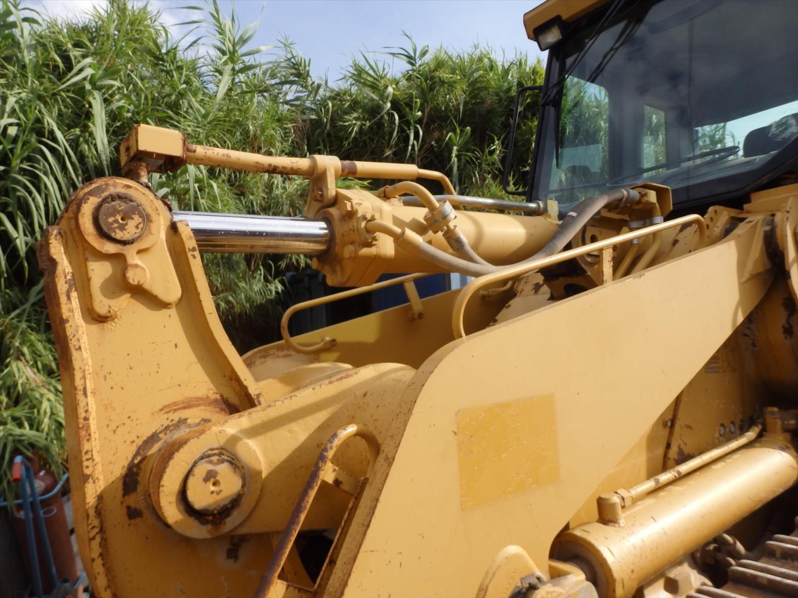 Bull CAT CATERPILLAR 963C Tel: 0608066192 Pierre BASSAT TRANS.COMM.13
