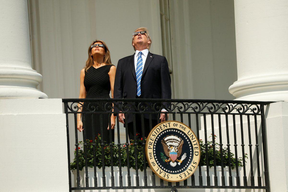 Joue avec Donald et Melania Trump