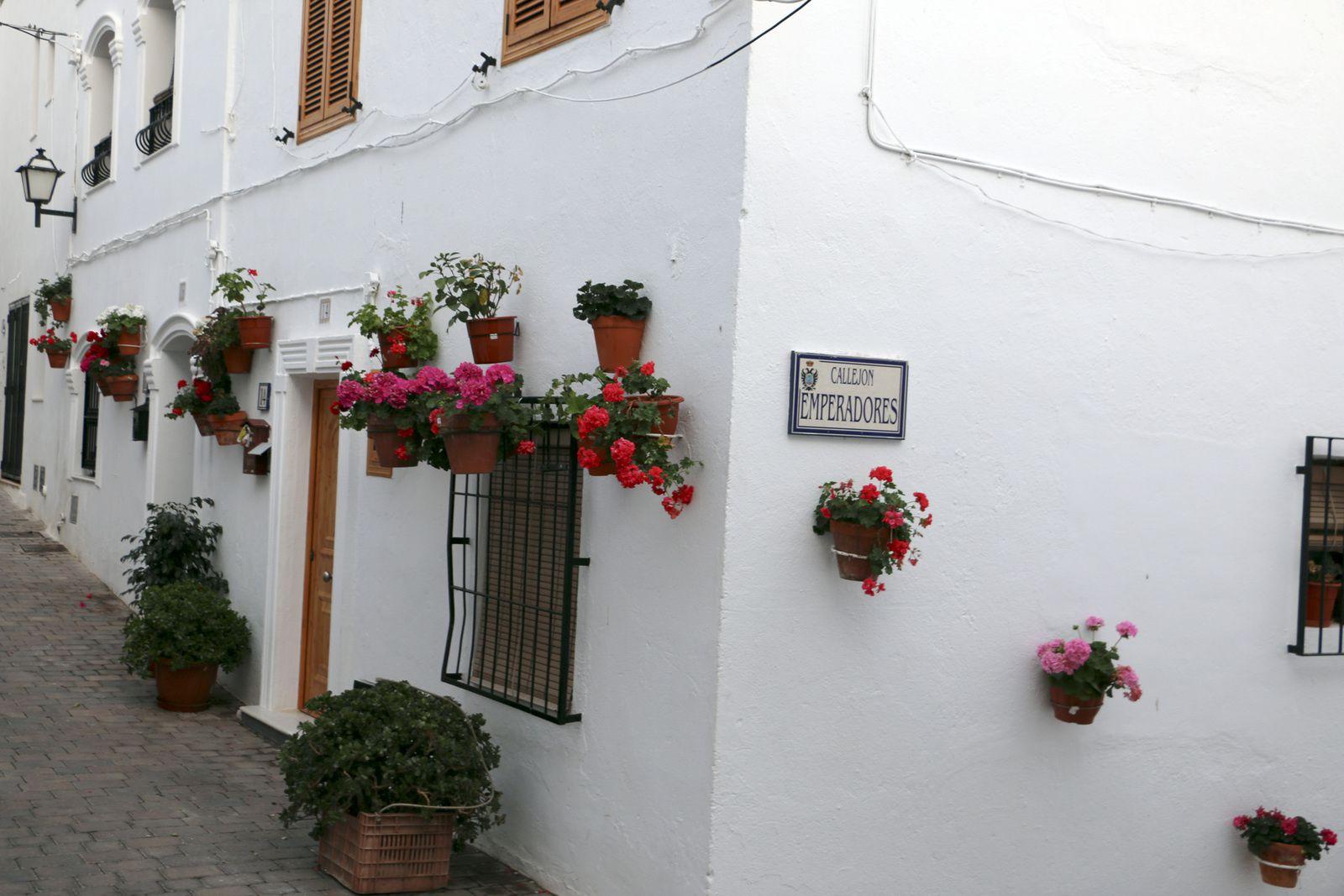 Rues et villages pittoresques de l'Andalousie.