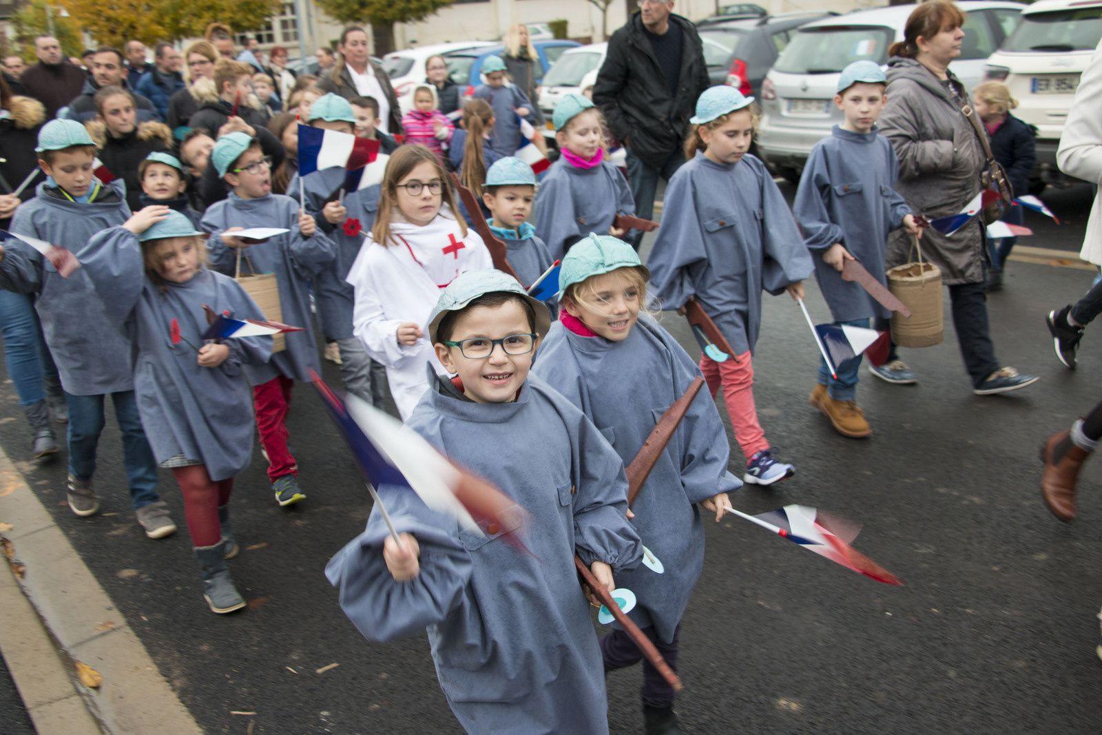 Cérémonie du 11 novembre: mobilisation de l'école d'Etreillers.