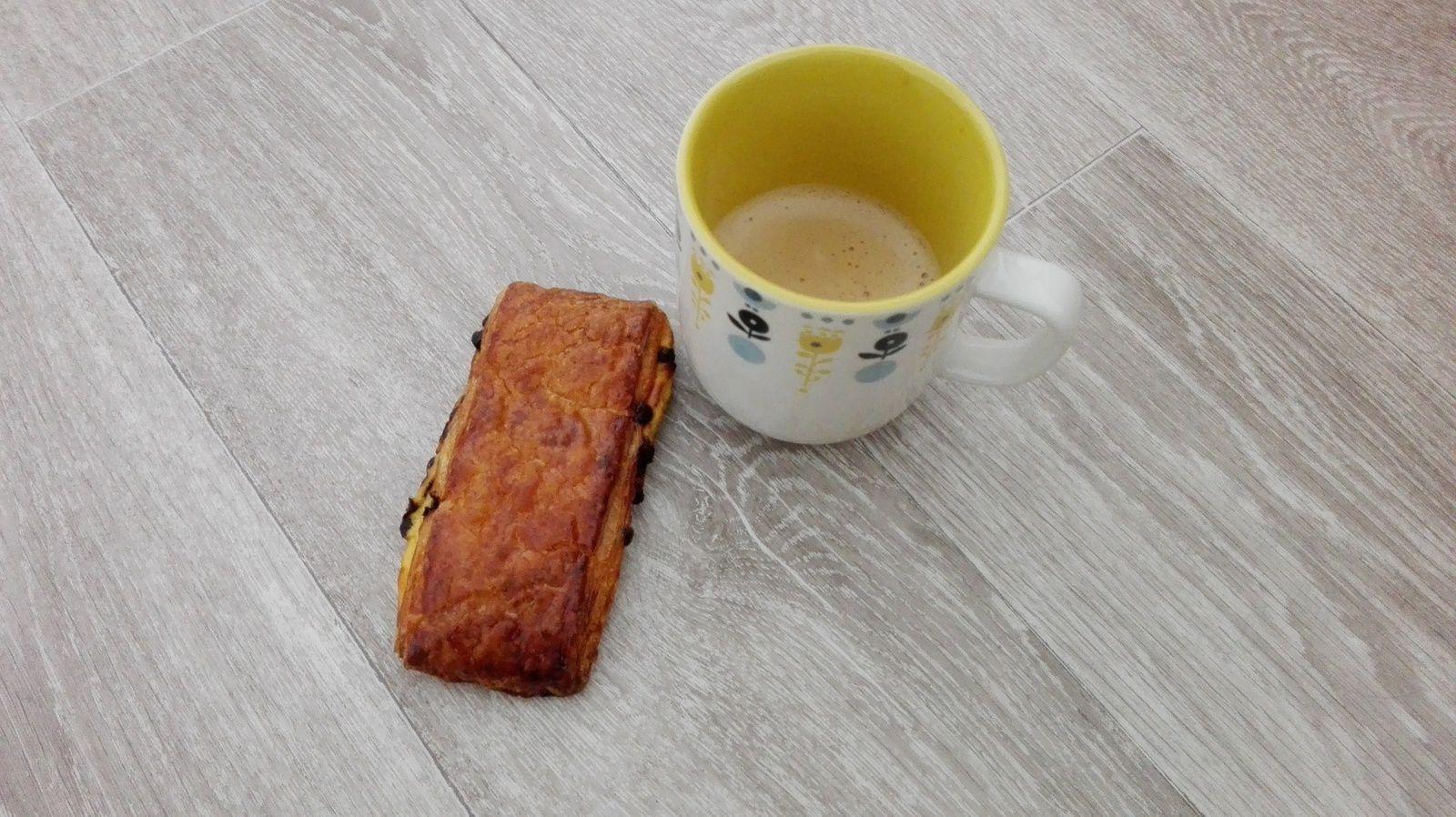 Mon programme du samedi : repos, café, sucrerie et rien d'autres...