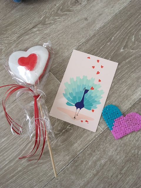 Les cadeaux de l'amoureux de Loulou