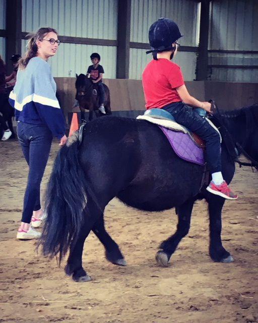 Hop sur le poney