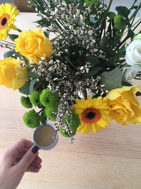 Fleurs offertes par Mp et les enfants