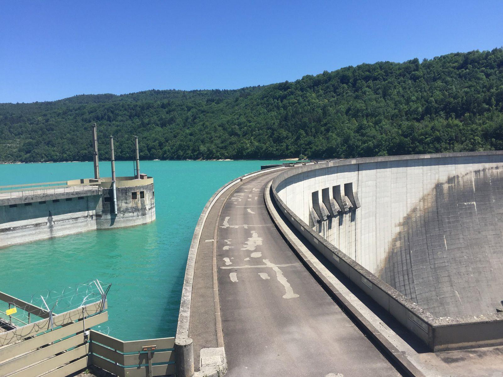 Barrage, lac de Vouglans et les 12 derniers km avec papa.